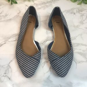GAP Pointed Toe Cloth Flats Blue Chambray & White